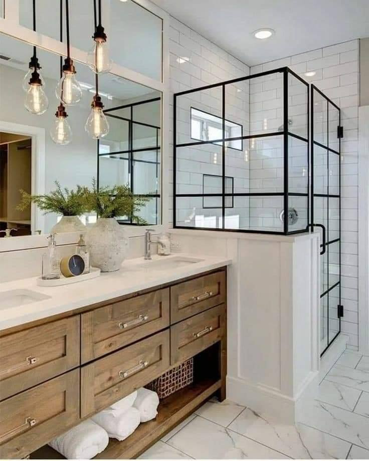 shower door made of glass